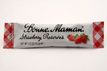 Picture of Bonne Maman Strawberry Preserves - packet